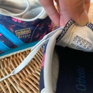 Adidas Originals Dragons. Kids size 4.5 or W 6